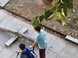 Вандали къртят бордюри в центъра на Русе