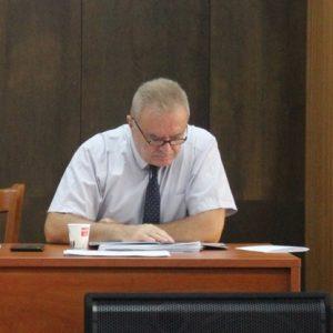 Гледат видеозаписи кой е общувал с Галин Ганчев на последната общинска сесия