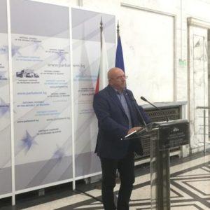 Екоминистърът: За нерешени от 20 години проблеми в Русе най-после намериха кой да им е виновен
