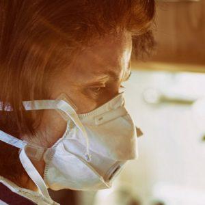 Жена от Червена вода е заразена с COVID-19