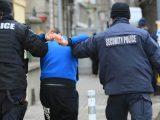 Задържаха 9 души при спецакция на полицията в Русе