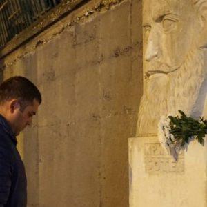 Председателят на ОбС - Русе почете паметта на Христо Ботев