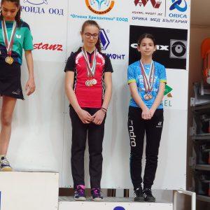 С пет медала се върнаха русенки от шампионат по тенис на маса