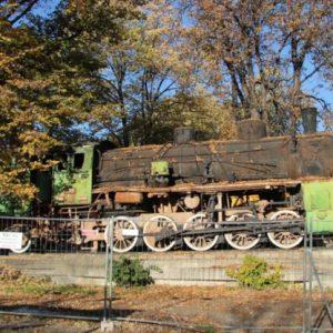 100 годишен локомотив, собственост на Музея на транспорта, е напълно изоставен