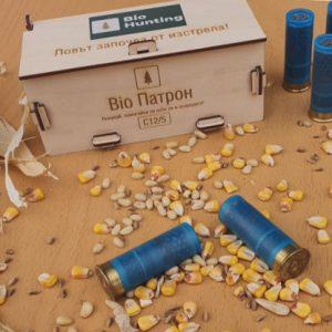 Ученици от Русе изобретиха биопатрони със семена за залесяване